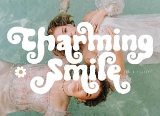 Charming Smile Display Font
