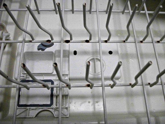 Fix rusted dishwasher racks with Rerack. Before3pm.com