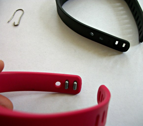 A quick solution to keep your fitbit from falling off. Before3pm.com