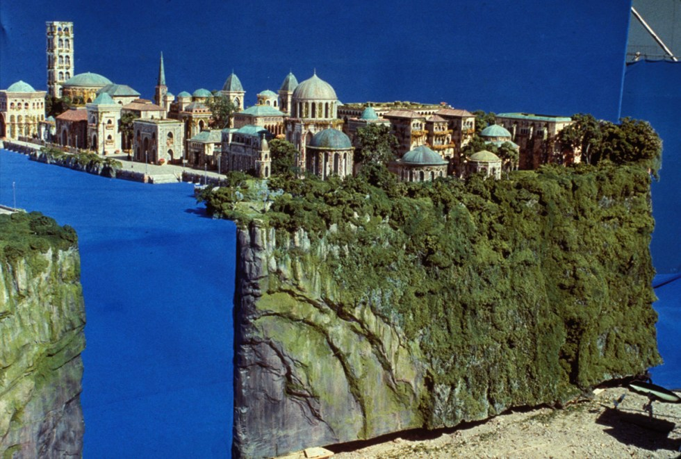 ILM Theed miniature