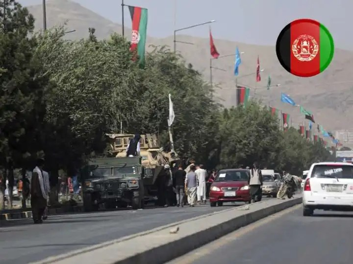 Taliban closed Kabul airport road and only allow foreigners to pass