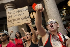 "Pro-Abortion Activists In Texas Yell ""Hail Satan!"" As Pro-Lifers Sing 'Amazing Grace'"