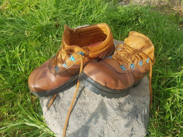 Begin Rustic Handmade Hiking Shoes