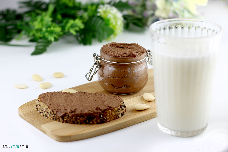 Cómo hacer leche de almendras y aprovechar la pulpa