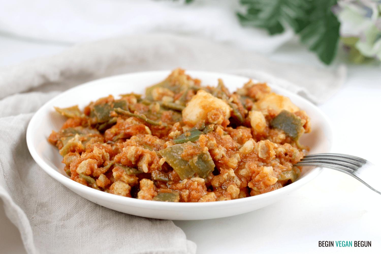 Judías verdes con tomate y soja texturizada