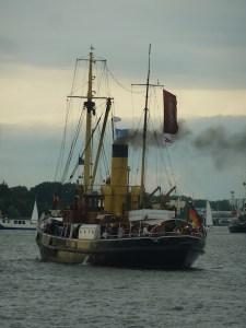 Hanse Sail 2013 | Traditionsdampfer | Bild 1