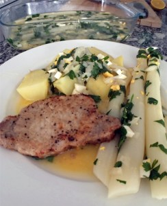 Spargel polnisch mit Schweinekotelett
