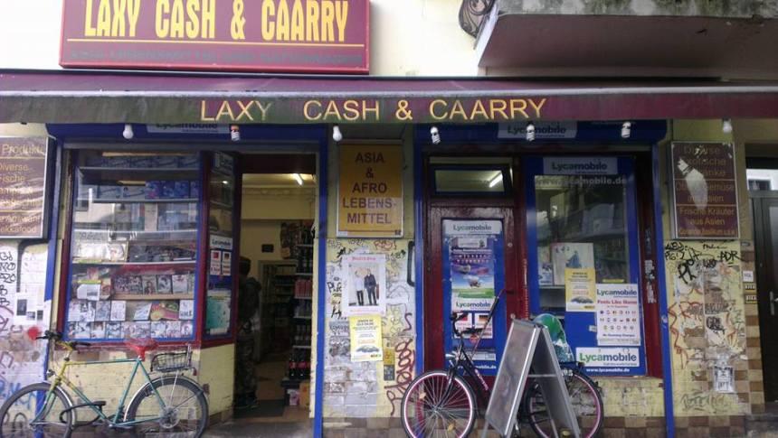 Wrangelstraße, Laxy Cash & Caarry