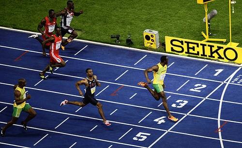 C какой скоростью бегает человек