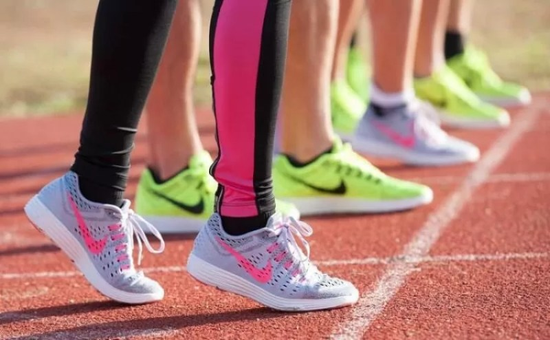 кроссовки для пробежек