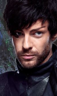 Narek (Harry Treadaway)