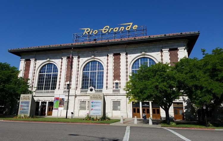 big trip 13 visits rio grande train depot in salt lake city to view art exhibit