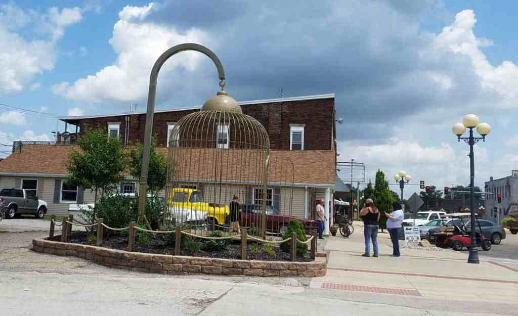 Casey, Illinois is a small town of big things! This town is home to 8 different world's largest items and worth a visit. The birdcage is perfect for a caged selfie!