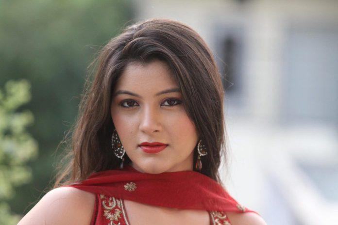 Reshma Thakkar Actress