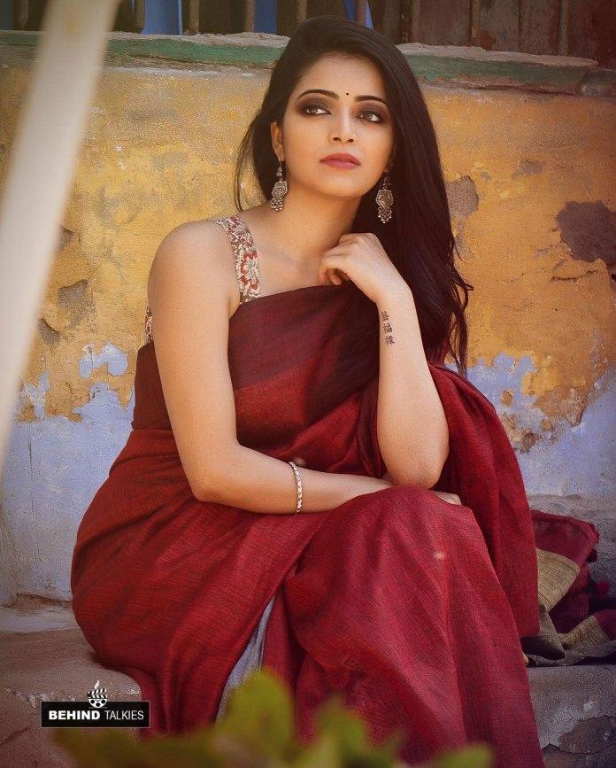 Actress Janani Iyer