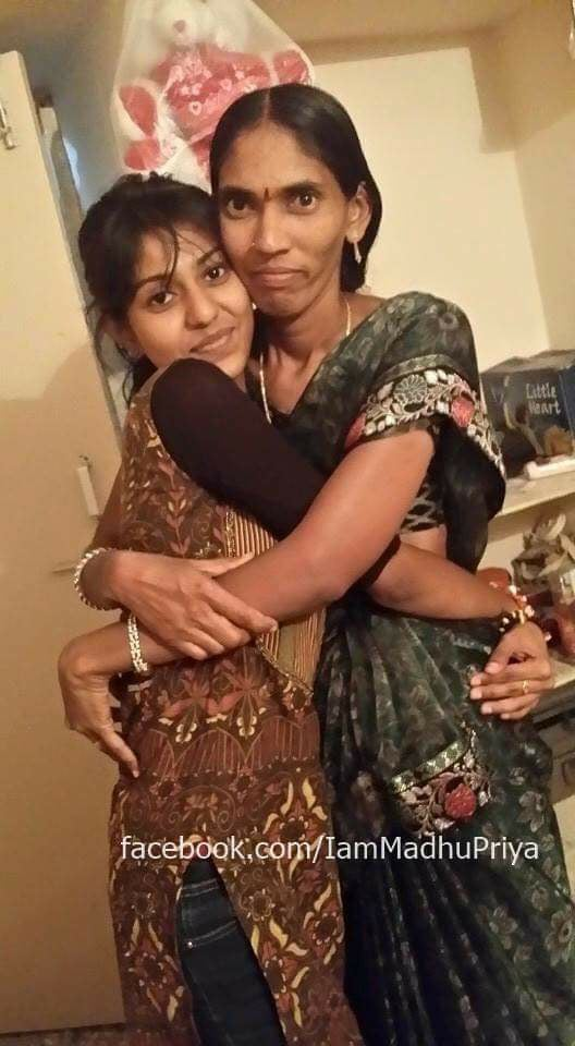 madhu priya with her mom