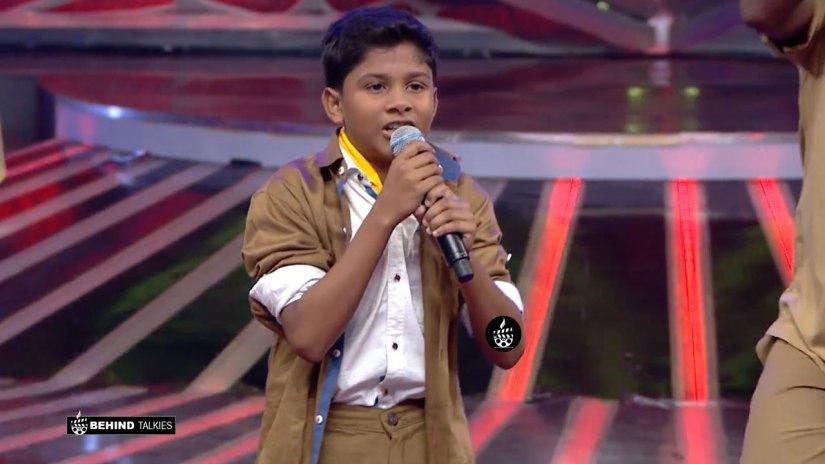 Super Singer Nikhil in Getup round