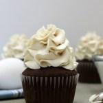 Behind the cake - Swiss meringue buttercream recipe from scratch.