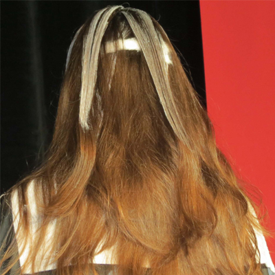 balayage in the crown using horizontal sections