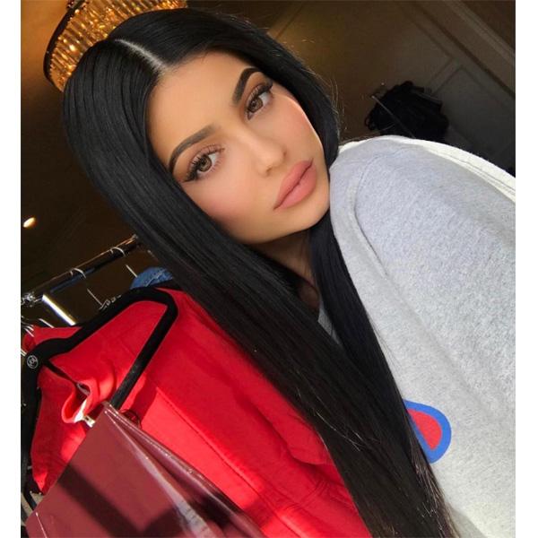 Kylie Jenner\u0027s Super Sleek Style , Behindthechair.com