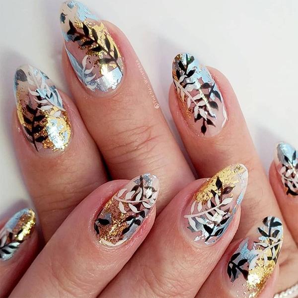 winter nail art cnd shellac luxe black pool cnd cream puff