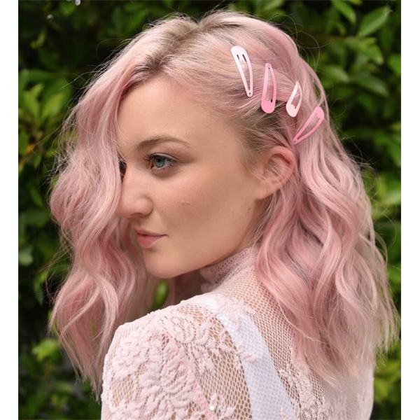 Festival Hair 3 Quick Ways To Give Clients Temporary Pastel Haircolor Megan Schipani @shmeggsandbaconn Aloxxi InstaBoost