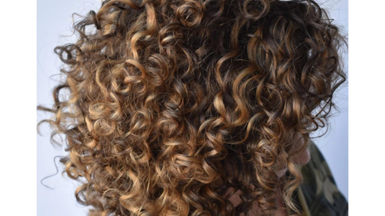 3 Genius Tips For Coloring Curly Hair Behindthechair Com
