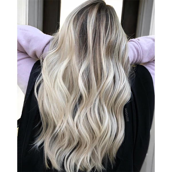 Ashlee Allen @aaashleee How To Transition Foils To Balayage Blonding Blonde Hair Olaplex Oligo Professionnel Toning Toner Trick
