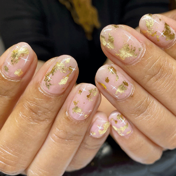 heynicenails-gold-sparkle-nails