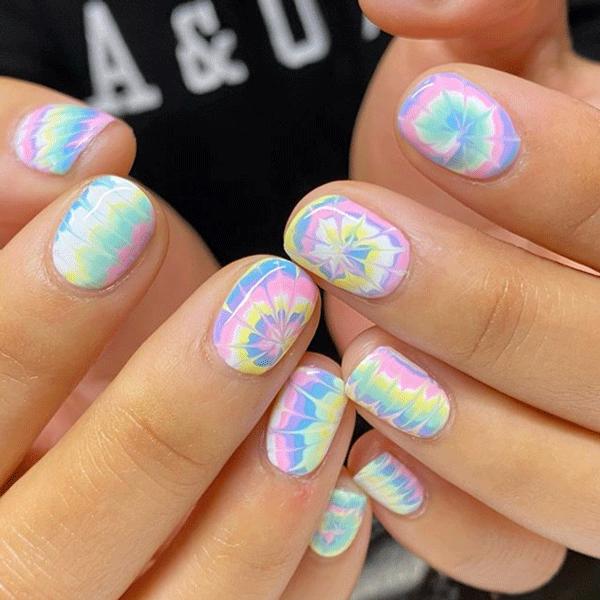heynicenails-tie-dye-nails