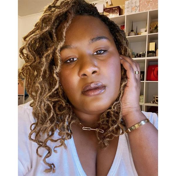 2021 Makeup Trends Beauty Eyeliner Mascara Glowy Skin Lips Lip Stain Lipstick