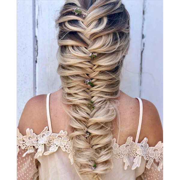 2021 bridal styling trends stylist appointment consultation tips and styling tricks for braids and buns