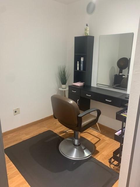 Hair Stylist, Barber, Lash Technician, Make-Up Artist, Massage Therapist, Tattoo Artist