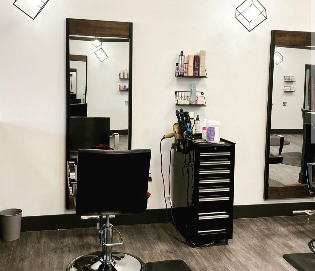Independent Stylist. FT or PT