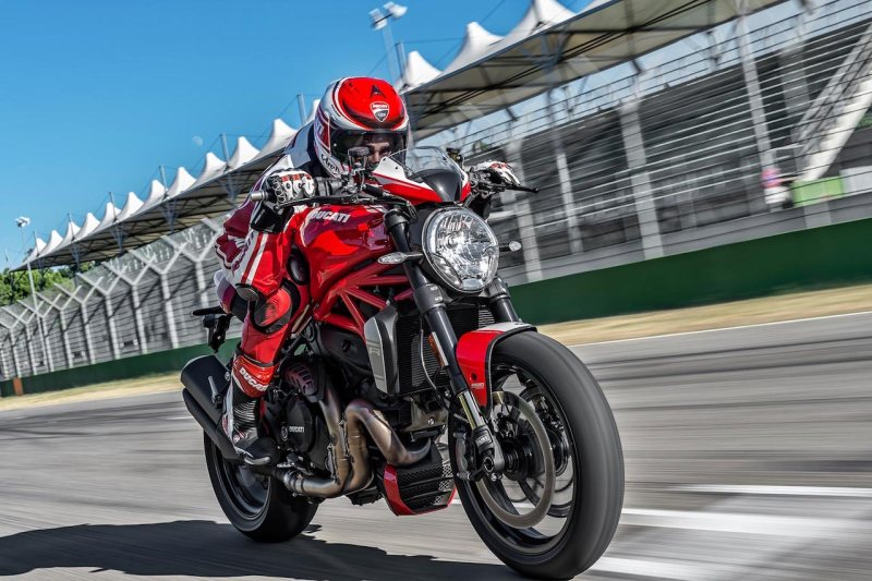 2016-Ducati-Monster-1200R1 copy