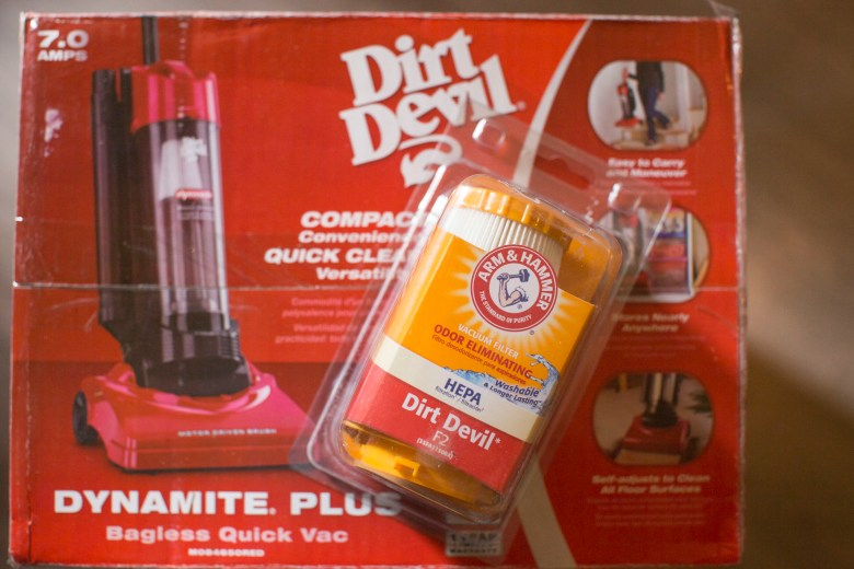 Dirt Devil & Arm and Hammer filter vacuum