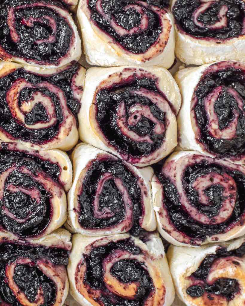 This overhead shot shows the swirl of the rolls and the filling, giving an idea to size