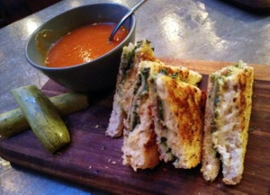 jing a grilled cheese and qu brew beijing china (2)