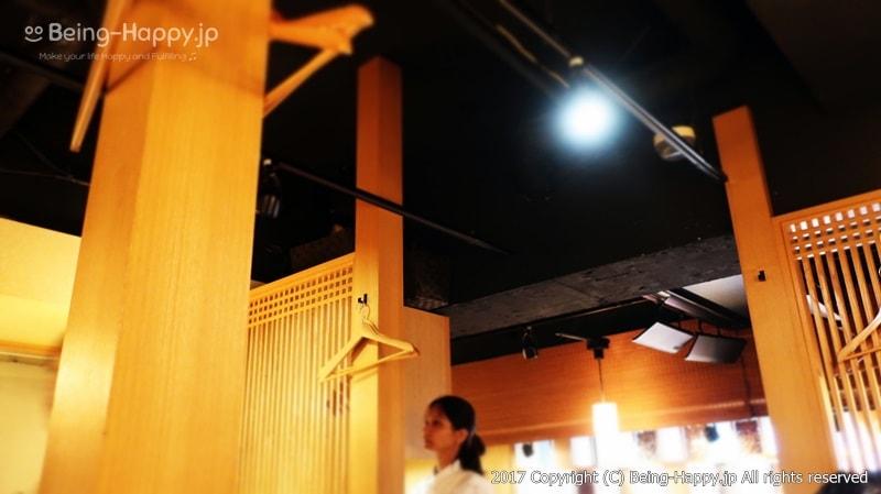 """店内の様子@焼肉トラジの新業態店 """"葉菜""""(TORAJI HANA) photo by 茶子(ちゃこ)"""