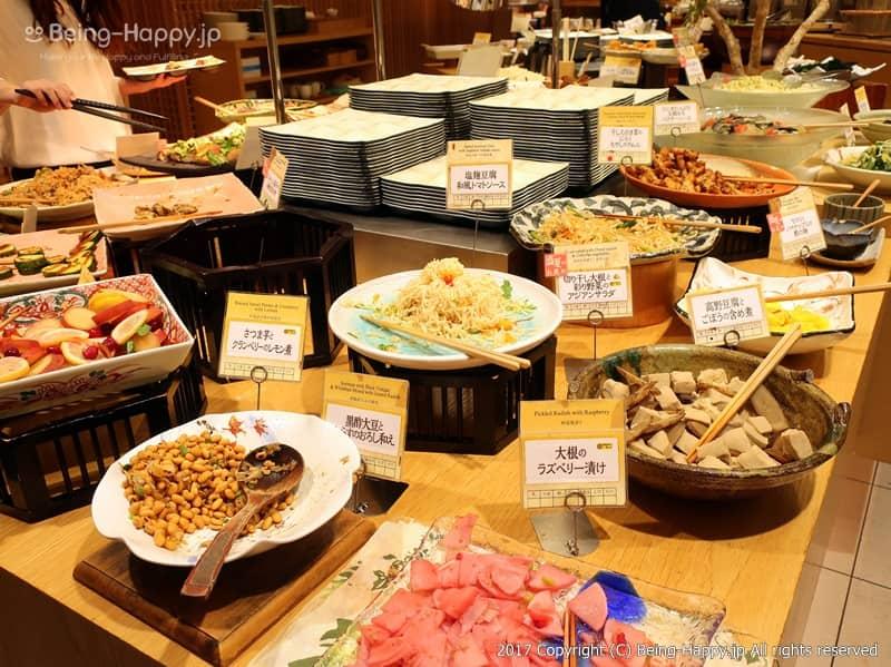 自然食ビュッフェレストラン はーべすと ービュッフェの野菜コーナー