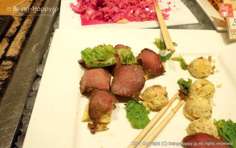 自然食ビュッフェレストラン はーべすと ービュッフェのロースとビーフ
