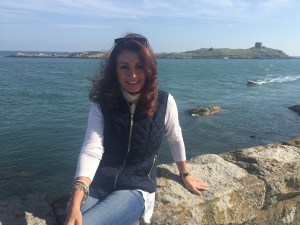 adrienne-with-dalkey-island-in-the-distance