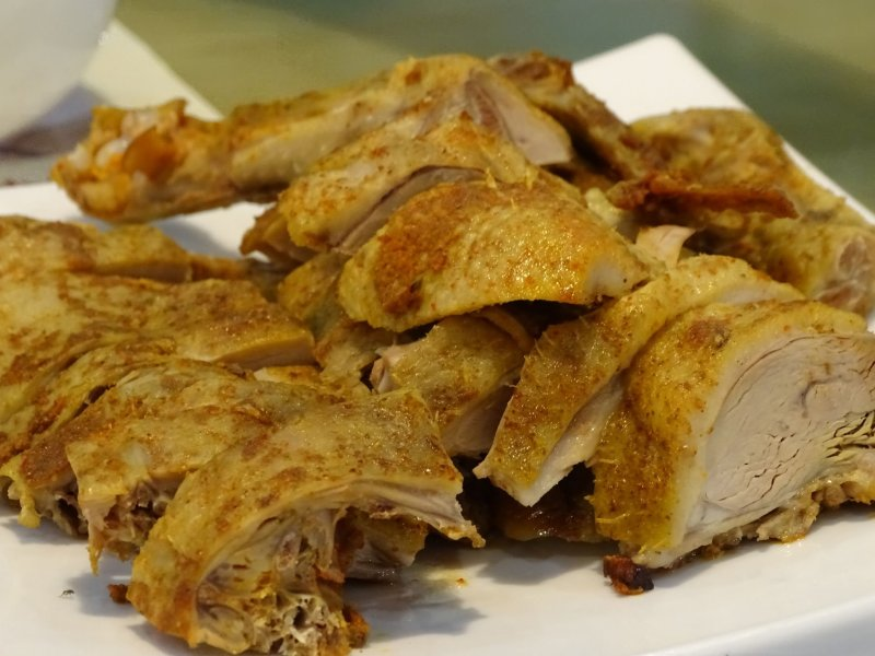 A plate of Wuyi Shan smoked goose