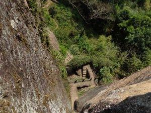 Birds-eye view of steps leading down Da Hong Peak
