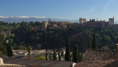 Palaces in Granada | Being a Nomad