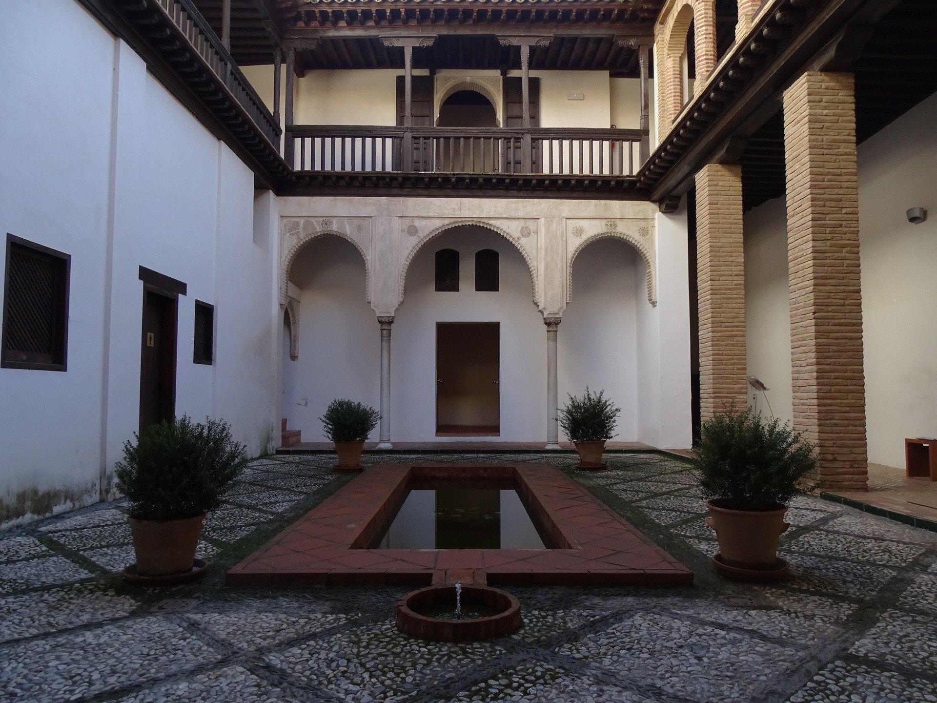 Palaces in granada being a nomad - Casa horno de oro ...