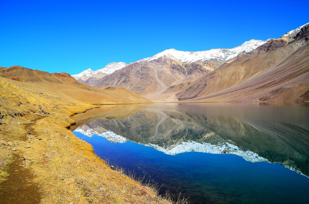 Spiti Valley Tour with Chandertal Lake 5N/6D