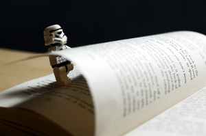 stormtrooper turns page