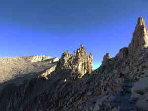 pinnacles-mt-whitney-in-distance
