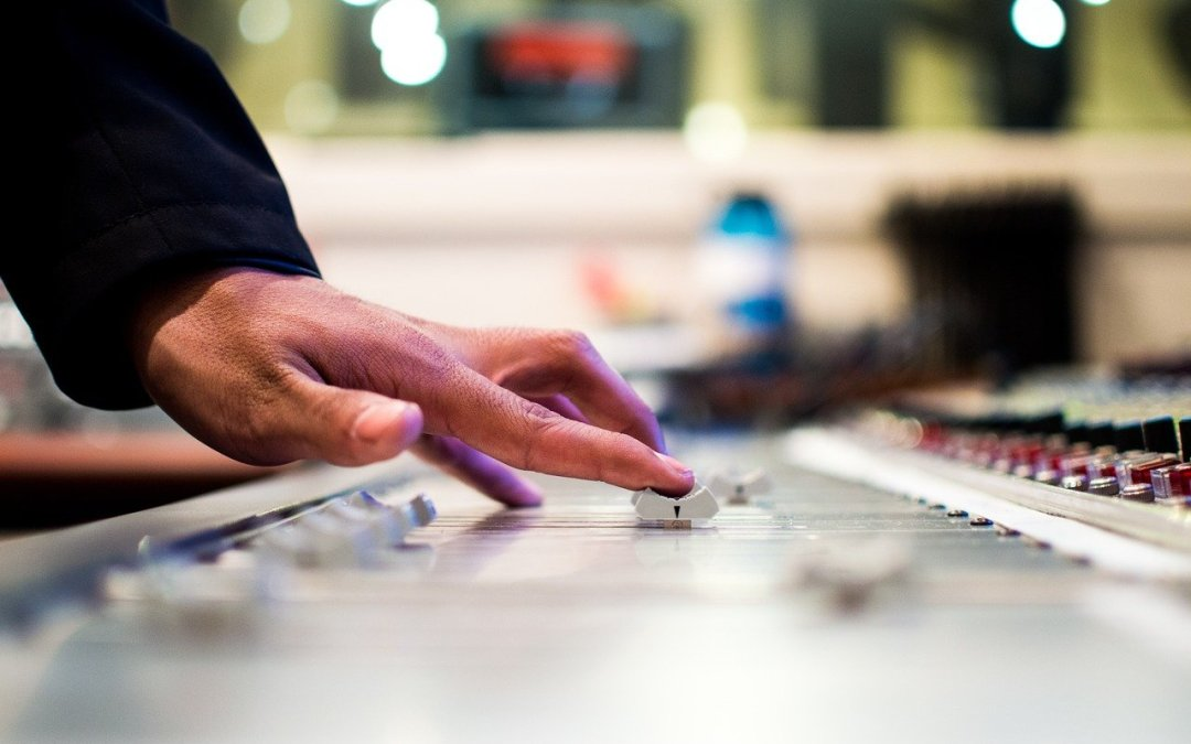6 Most Influential Hip-Hop Producers Of All Time